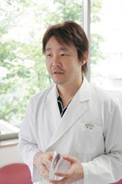 歯周病専門医/指導医 池田康男